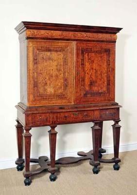 15-04-02-2185NE01A Gerrit Jensen cabinet.jpg