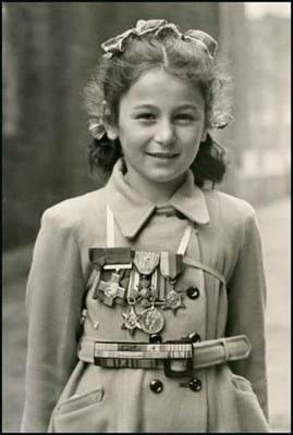 15-07-23-2202NE08C George Cross medal Violette Szabo.jpg