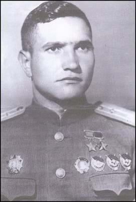 WEB Soviet medals A 19-5-17.jpg