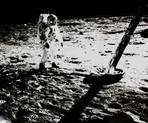 Buzz on Moon(Apollo 11 1969).jpg
