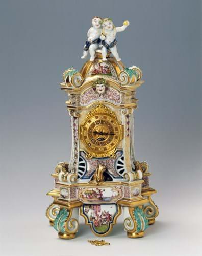 HR PORCELAIN, POLITICS & PRESTIGE Clock-case, Meissen Lydia Liackhova.jpg