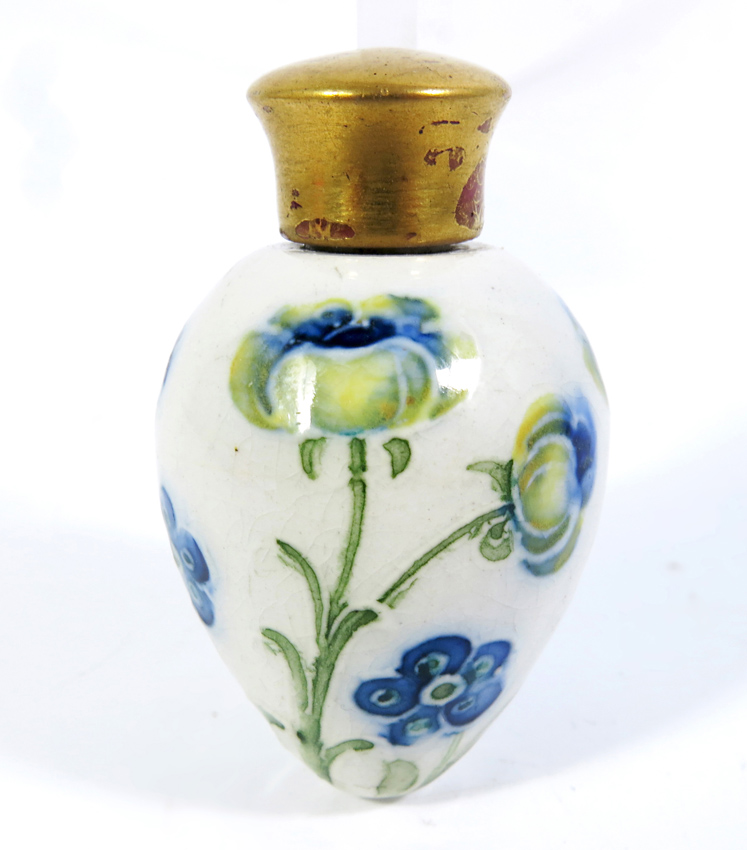 Guides moorcroft marks Pottery and