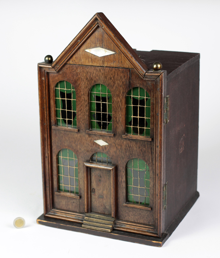 Doll S House Makes 48 000 At Auction In Ireland