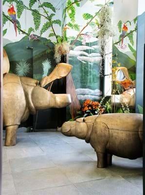Lalanne, A Life-Size Family of Bronze Hippopatmuses. Sotheby's Paris, Design Sale June 2020 (7).jpg