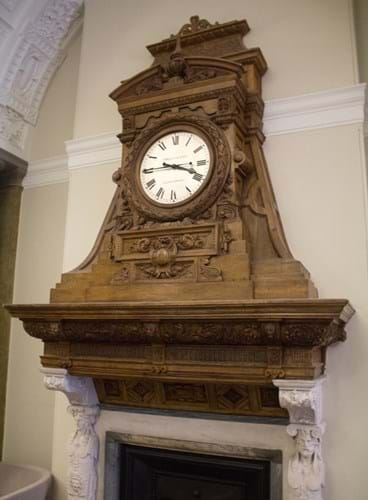 Fireplace_clock,_Foreign_Office.jpg