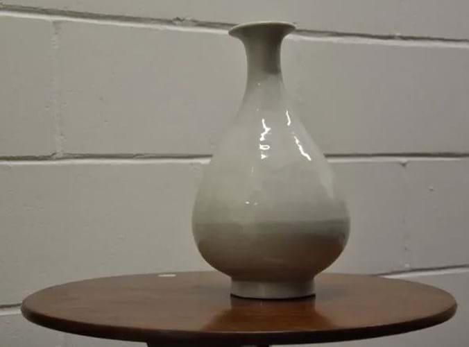 Stolen Chinese vase.jpg