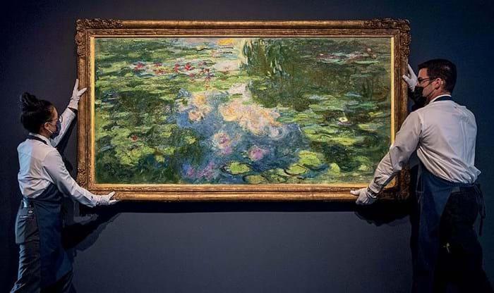 Claude Monet's Le Bassin aux nymphéas