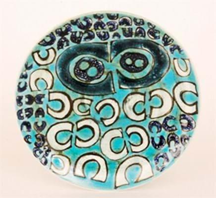 Poole Pottery Studio dish